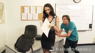 Teacher Jennifer Dark seduced by a student