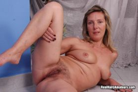 Hairy Pussy Amateur Gets Pounded #67556542