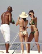 Eva Longoria and Eva La Rue showing round bikini asses