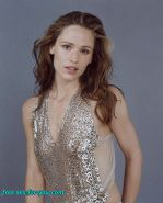 Jennifer Garner showing tits in see thru and posing in lingerie