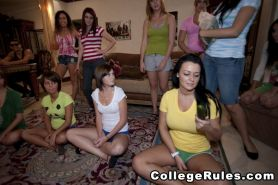 College party with drunk babes turns into an orgy