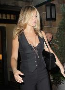 Jennifer Aniston exposing her sexy black bra and fucking hot ass