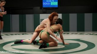 Tia Ling and Audrey Hollander in lesbian wrestling