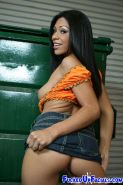 Ebony babe gangbanged until her gets a extreme facial