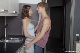 European teen in anal fuck on kitchen with blowjob