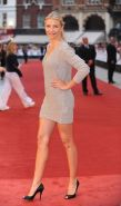 Cameron Diaz leggy in tight mini dress at the 'Knight and Day' premiere in Londo