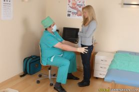 Frightened blondie passes thru a gyno exam