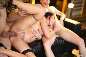 Alexis Crystal loses her anal virginity in an orgy with Texas Pa