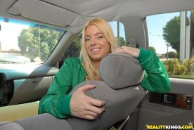 Blonde big ass babe Hollie Stevens fucked in a car