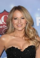 Jewel Kilcher cleavy wearing black tube mini dress at 2013 American Country Musi