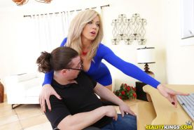 Big tits boss Parker Swayze fucked in pussy