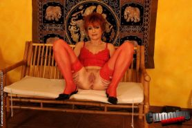 Redhead older woman in stockings machine fucked