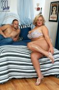 Sexy Busty BBW Milf Anna Kay Having HUge Hard Cock For Her Pussy