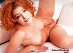 Alyson Hannigan showing her pussy and tits and fucking hard