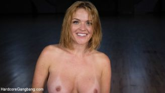 Krissy Lynn gets double penetrated with 5 cum loads