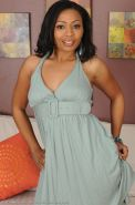 Ebony MILF Anita Peida slips out of her elegant dress