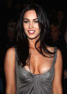 Megan Fox exposing her fucking sexy nude body and huge cleavage