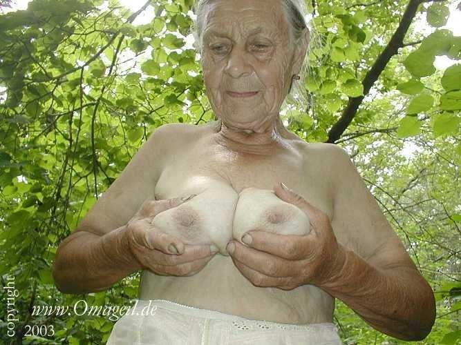 Porno old oma Oma deutsch