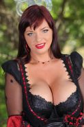 Hot horny big breasted babe in heat