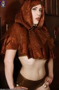 Hot Steampunk Rogue Anastassia Bear in Slick Latex Panties