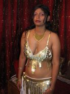 Busty indian babe