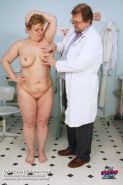 Mature Vilma exam pussy fetish gyno at clinic with kinky doctor