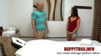 Asian masseuses and her amazing sensual massage skills