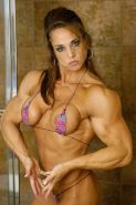Very sexy mature muscle Goddess shows off her perfect body