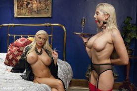Summer Brielle dominant wife with husband Erik Everhard using bdsm sub Christie