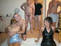 similar situation. invite horny gay shower me! What curious