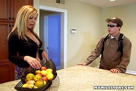 Hot Blonde MILF Nicole Moore Gets Her Pussy Pumped