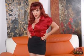 Redhead MILF Sexy Vanessa fucked on the couch