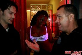 Black prostitute gets dirty with a real Amsterdam tourist