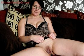 old amateur granny big pussy stretched