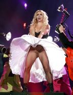 Britney Spears performing in bra and dress wind up paparazzi pictures
