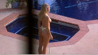 Jaime Pressly showing her nice big tits and ass in nude movie caps