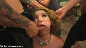 Secret agent Kiki Daire gangbanged in all holes with double anal
