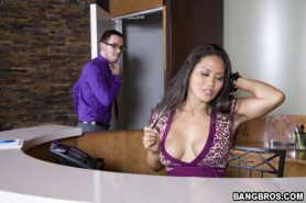 Jessica Bangkok busty asian fucked hard in elevator