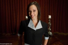 Amber Rayne offers the kitchen employee, Jada Stevens, a chance to move up worki