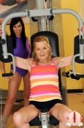 Teen brunett having sexwith an old lady in the gym