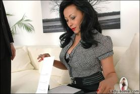 Interview with sultry british mature ebony masturbatrix danica