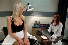 All natural redhead finds herself in an electrifying predicament