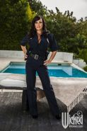 Milf Cop Lisa Ann getting smashed and cummed by the pool guy