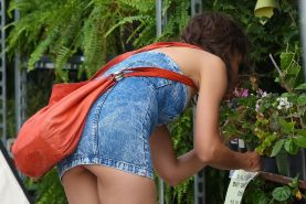 Katie Holmes upskirt wearing an ultra short denim dress