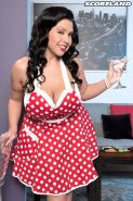 Drunk housewife Sheridan Love  fucked for free