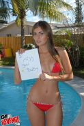 Amateur aspiring teen model takes bikini pics for out of town BF #73153614