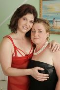 These two mature sluts love to share cock and cum
