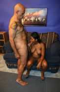 Black pregnant babe gets banged