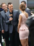 Maria Menounos shows off her ass wearing a tight little skirt at 'The Grove