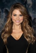 Maria Menounos showing cleavage at the Marvel's 'Thor: The Dark World' premiere